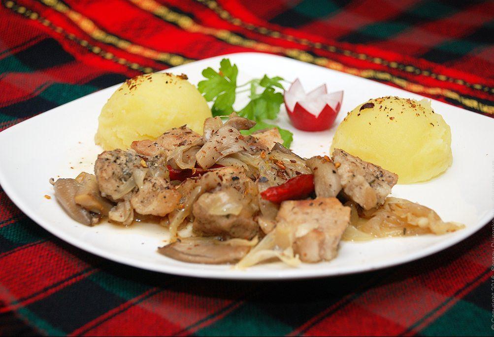 Лучшие рецепты жаркого с грибами