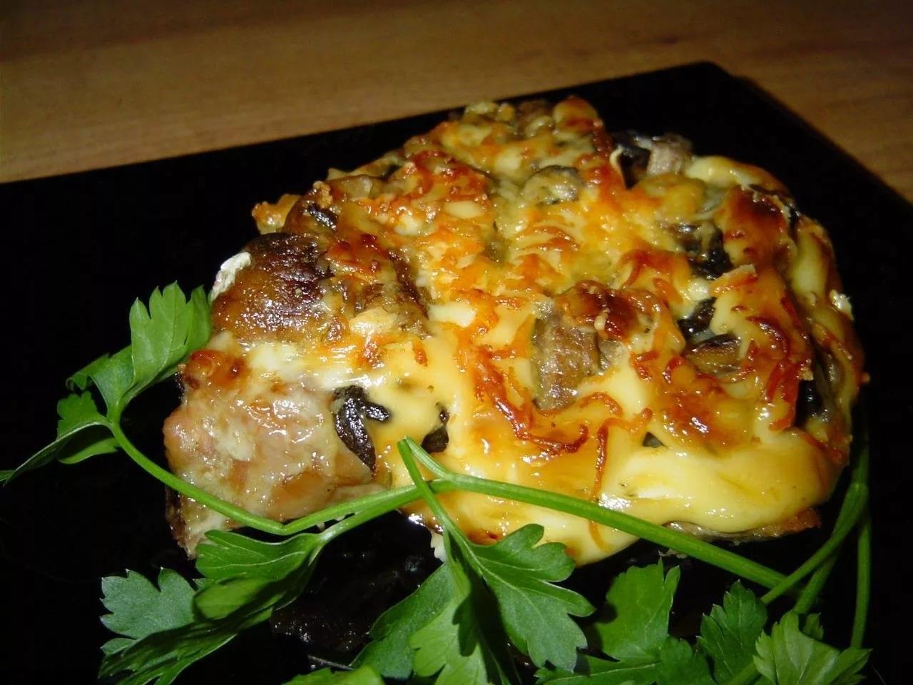 Мясо с грибами и сыром фото рецепт