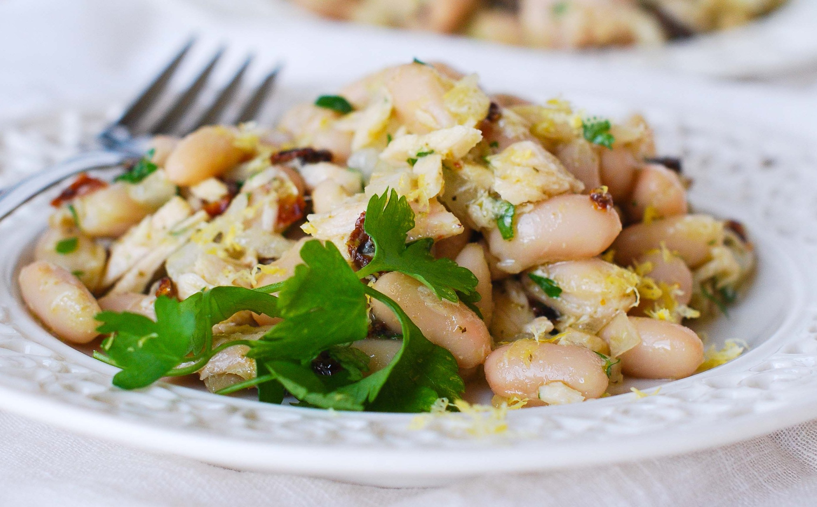 Салат с белой фасолью с