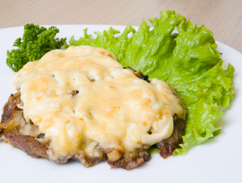 Мясо по-французски с грибами рецепт с фото в мультиварке